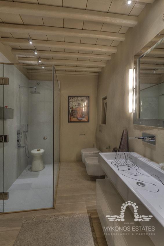 photo of villa bath with shower