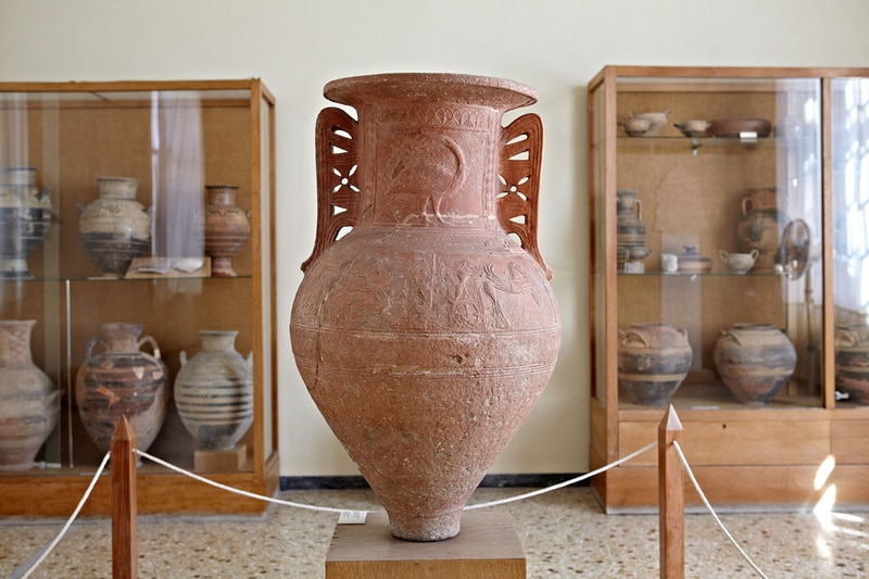 archaeological museum-Mykonosestates-Mykonos-villas-luxyry-buy-rent-real-estae