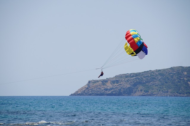 parasailing mykonos-mykonos-Estates-mykonos-real-estate
