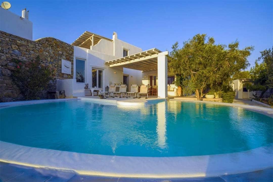 Best Island Beaches For Partying Mykonos St Barts: Luxury-Mykonos-Villas-Mykonostown