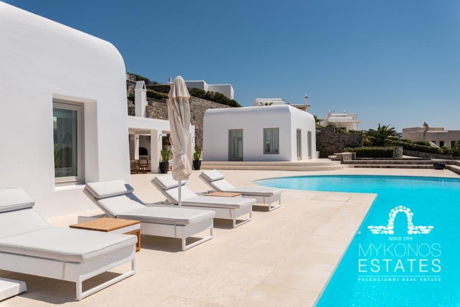 Mykonos-Villas, MykonosVillasForRent, Mykonos-Luxury-Villas
